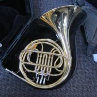 Bach B1101 Single French Horn - Korno